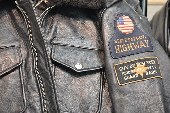 Chaqueta cuero Police jacket vintage.