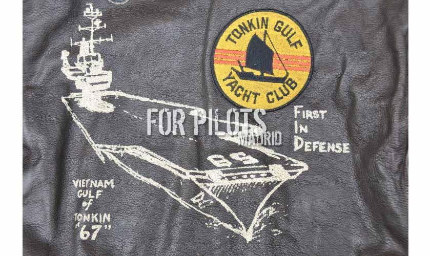 G-1 Portaaviones USS Forrestal. Piloto de combate de la Marina.